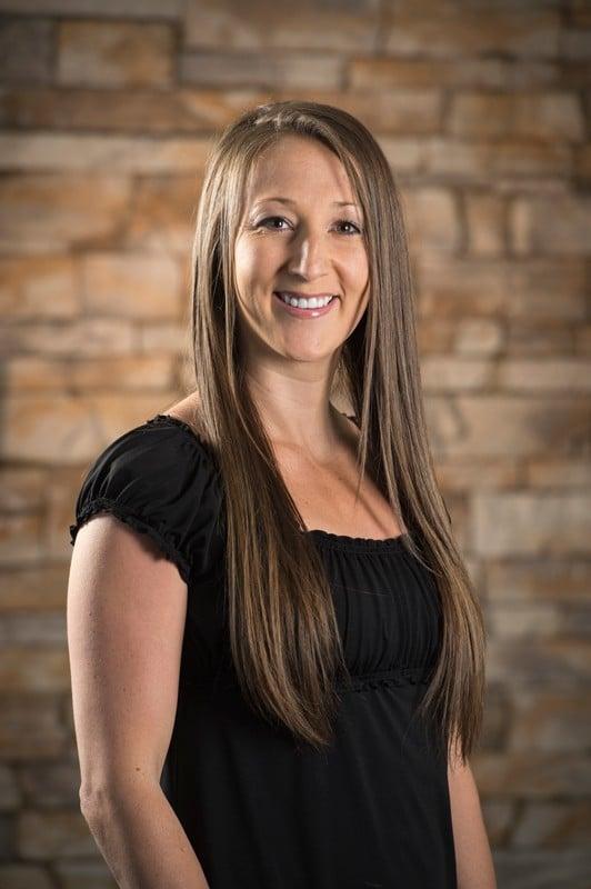 Registered Dental Assistant Shelley Miles